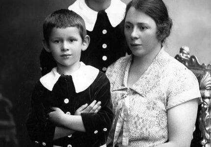 Анна Франко-Ключко з синами Тарасом і Мироном